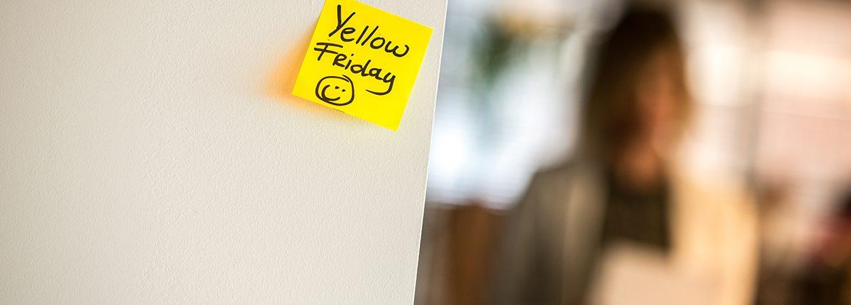 Temp jobs that stick, gele notitie op muur